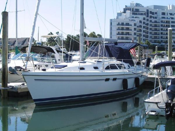 Catalina 387 Overall