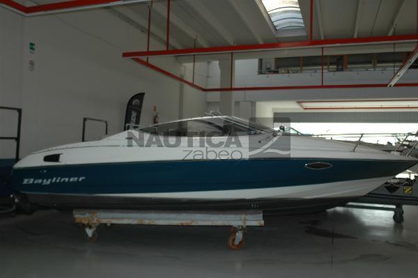 Bayliner 2252 Capri Classic Cuddy Capri 2252 - 01