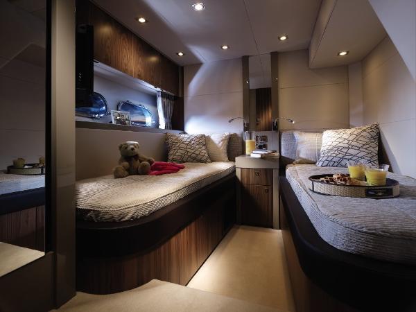 Sunseeker Predator 60 Guest Twin Cabin