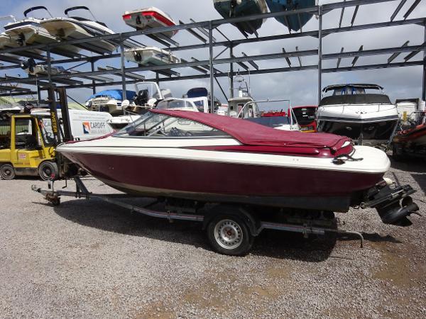 Maxum SR 1900 Bowrider Maxum 19' Bowrider