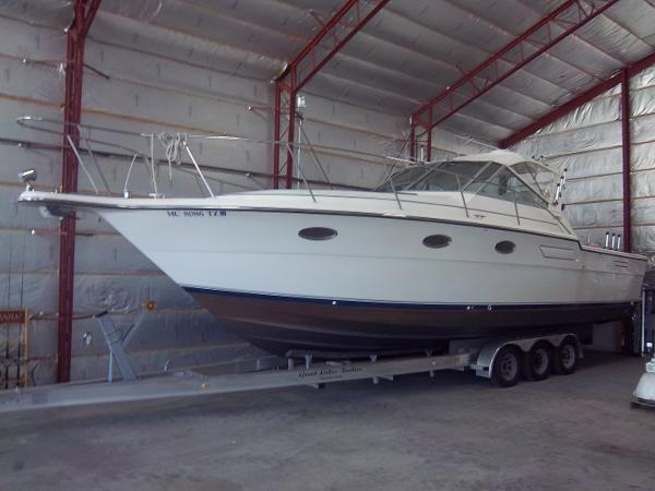 Tiara 3300 Open Boat and trailer