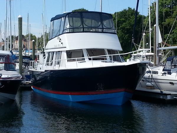Mainship 430 Trawler Overall