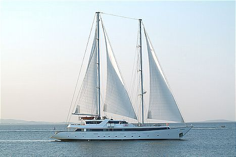 Motor Sailing Yacht Photo 1