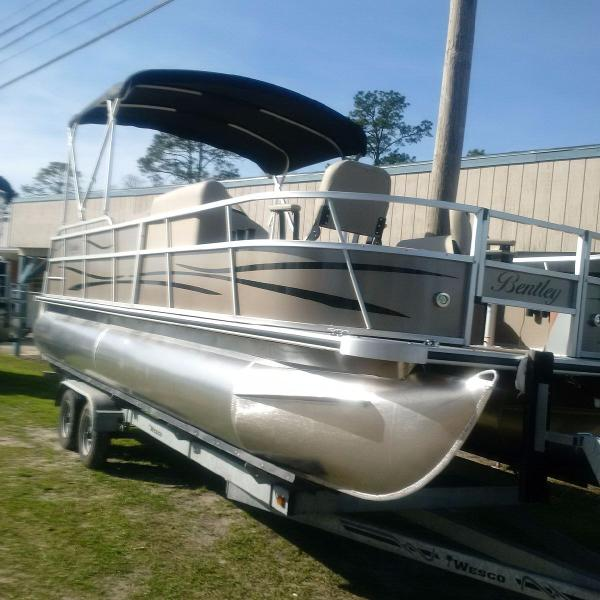 2017 Bentley Pontoons 240/243 Fish, Panama City Florida