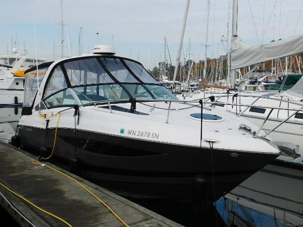 Four Winns Vista 275 Starboard Side