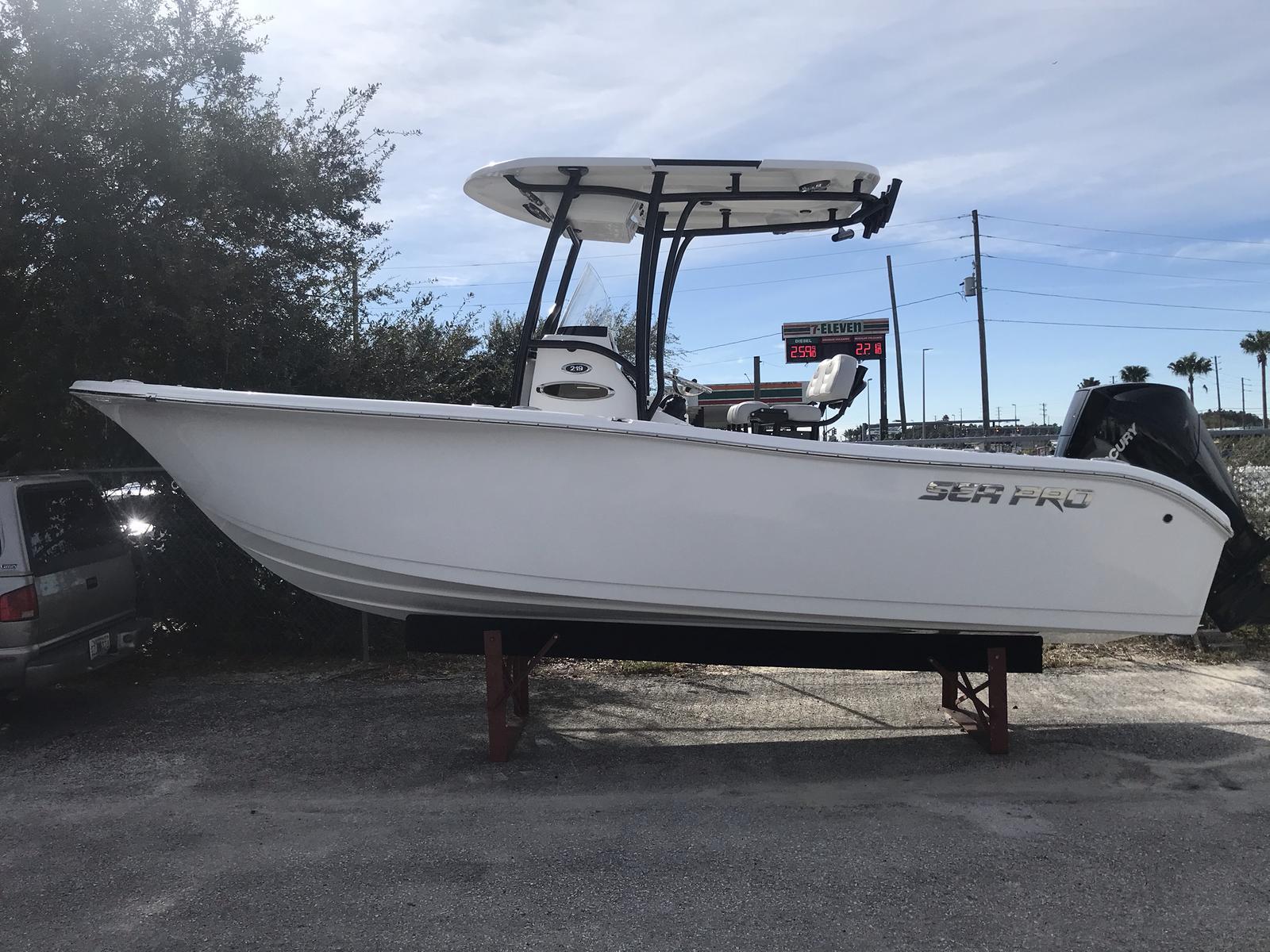 Sea Pro 219 Deep V CC