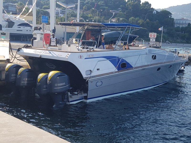 Monte Carlo Yachts CIGARETTE
