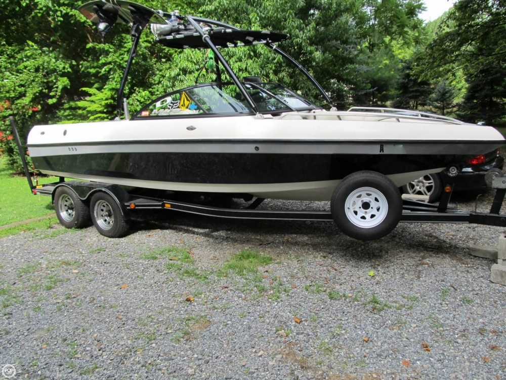 Malibu Wakesetter VLX 2002 Malibu Wakesetter VLX for sale in Honey Brook, PA