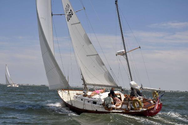 Hinckley Bermuda 40 Custom Yawl Sailing