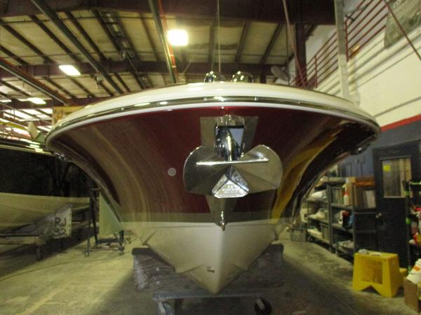 Chris-Craft 27 launch