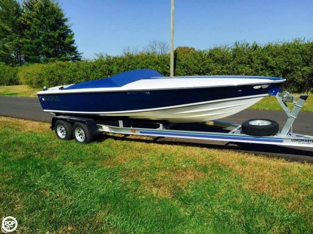 Donzi 22 Classic 2000 Donzi 22 Classic for sale in Bloomington, IN