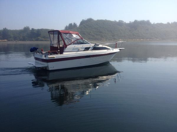Bayliner 26' Sunbridge Wide Body