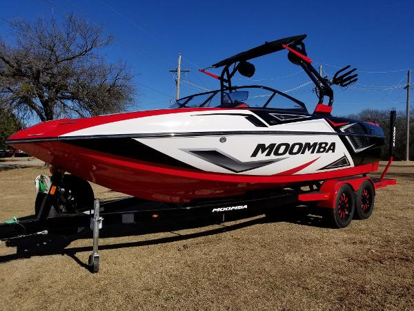 new moomba mojo ski and wakeboard boat boats for sale. Black Bedroom Furniture Sets. Home Design Ideas