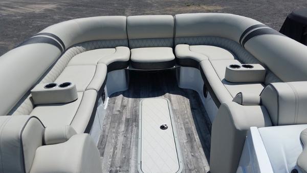 Crest Caribbean 250 SLS
