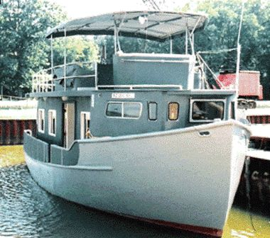 Custom Trawler Hull Houseboat Main