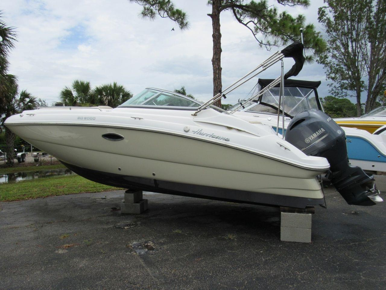 Hurricane Sun Deck 2000