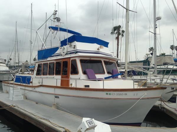 Californian 42 LRC Starboard Profile