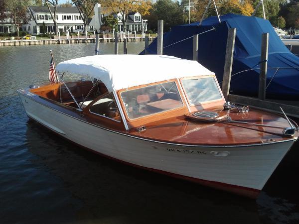 Lyman 24 Inboard Sleeper