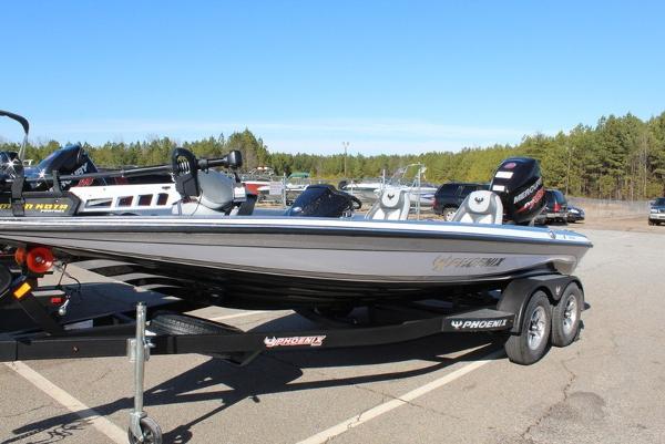 Phoenix Bass Boats 819 Pro