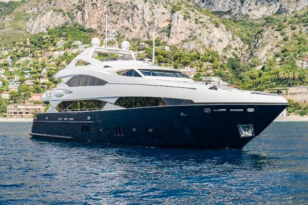 Sunseeker 37M Yacht
