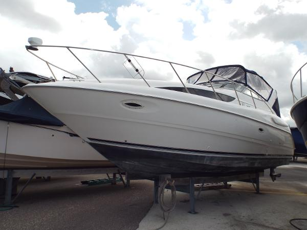 Bayliner 3055 Ciera Sunbridge Portside Profile 1