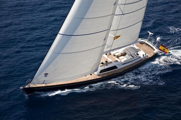 Nautor 112 Sailing