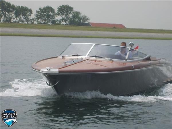 Riva Aquariva 33 Riva Aquariva 33