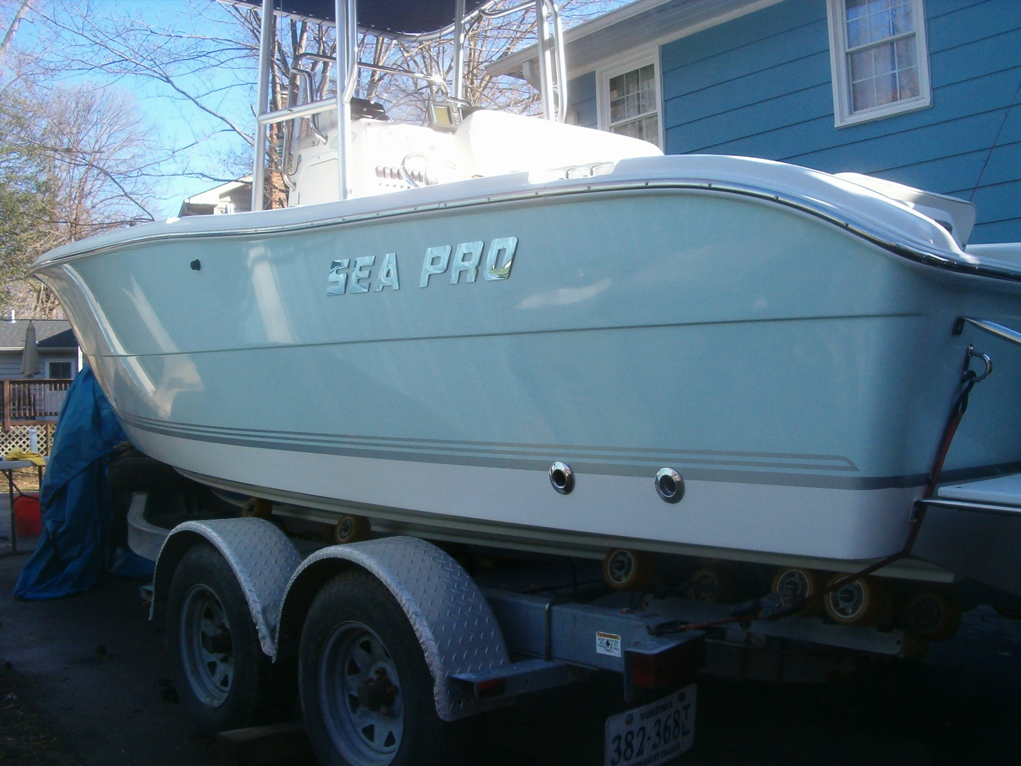 Sea Pro 206 Center Console