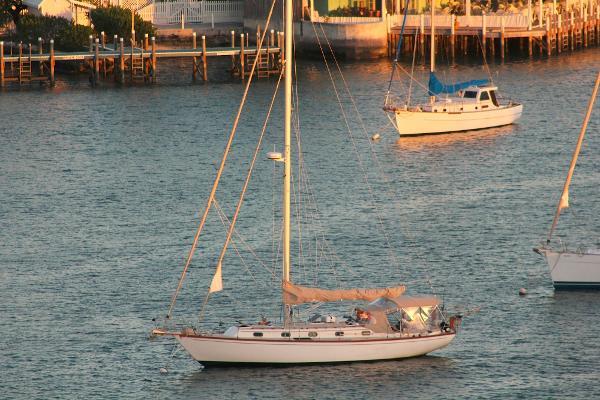 Cape Dory 40 Cutter