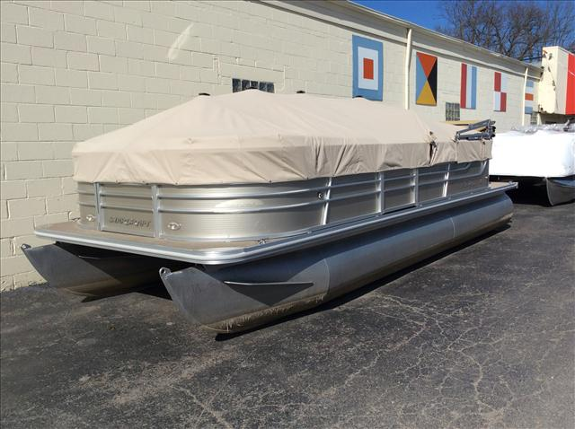 Starcraft Pontoon Stardeck 22'