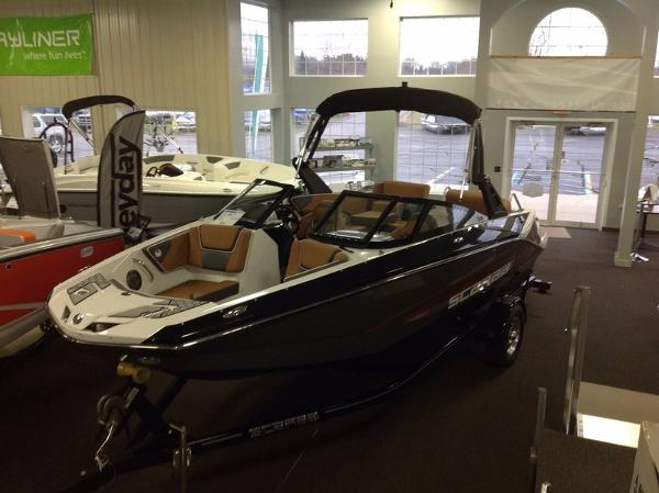 Scarab 215 Impulse