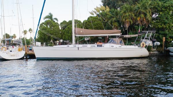 Beneteau Cyclades 50.5 Ready for you to sail away