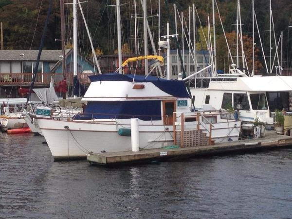 Classic Puget Trawler 37