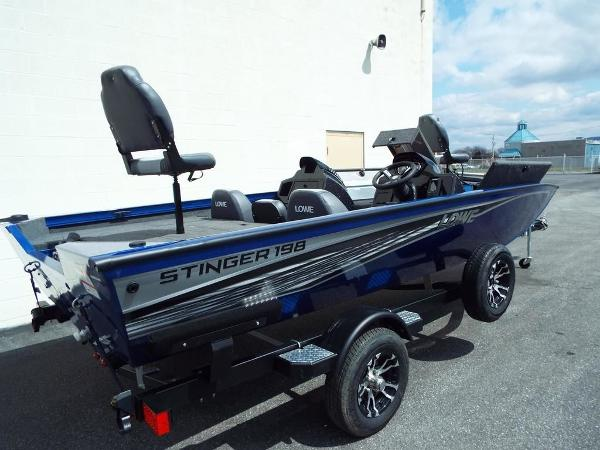 Lowe Stinger 198 Dual Console
