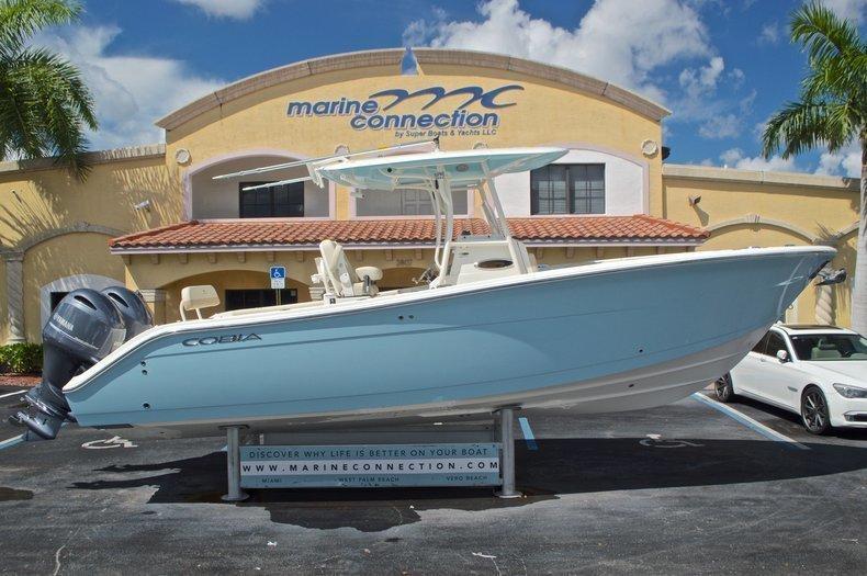 Cobia Boats 277 Center Console
