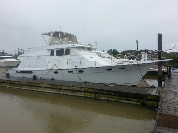Bayliner 4588 Motoryacht Profile lines