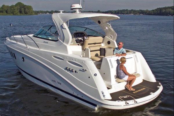 Rinker EX 370