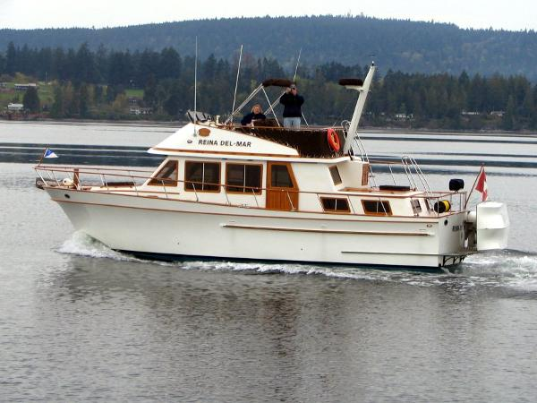 Pt Trawler Underway