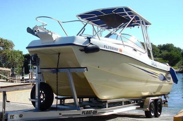 Sea Cat 227 Cuddy