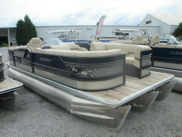Crest Pontoon Boats Classic 230 SLC