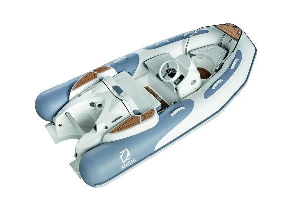 Zodiac Yachtline 340 DL NEO