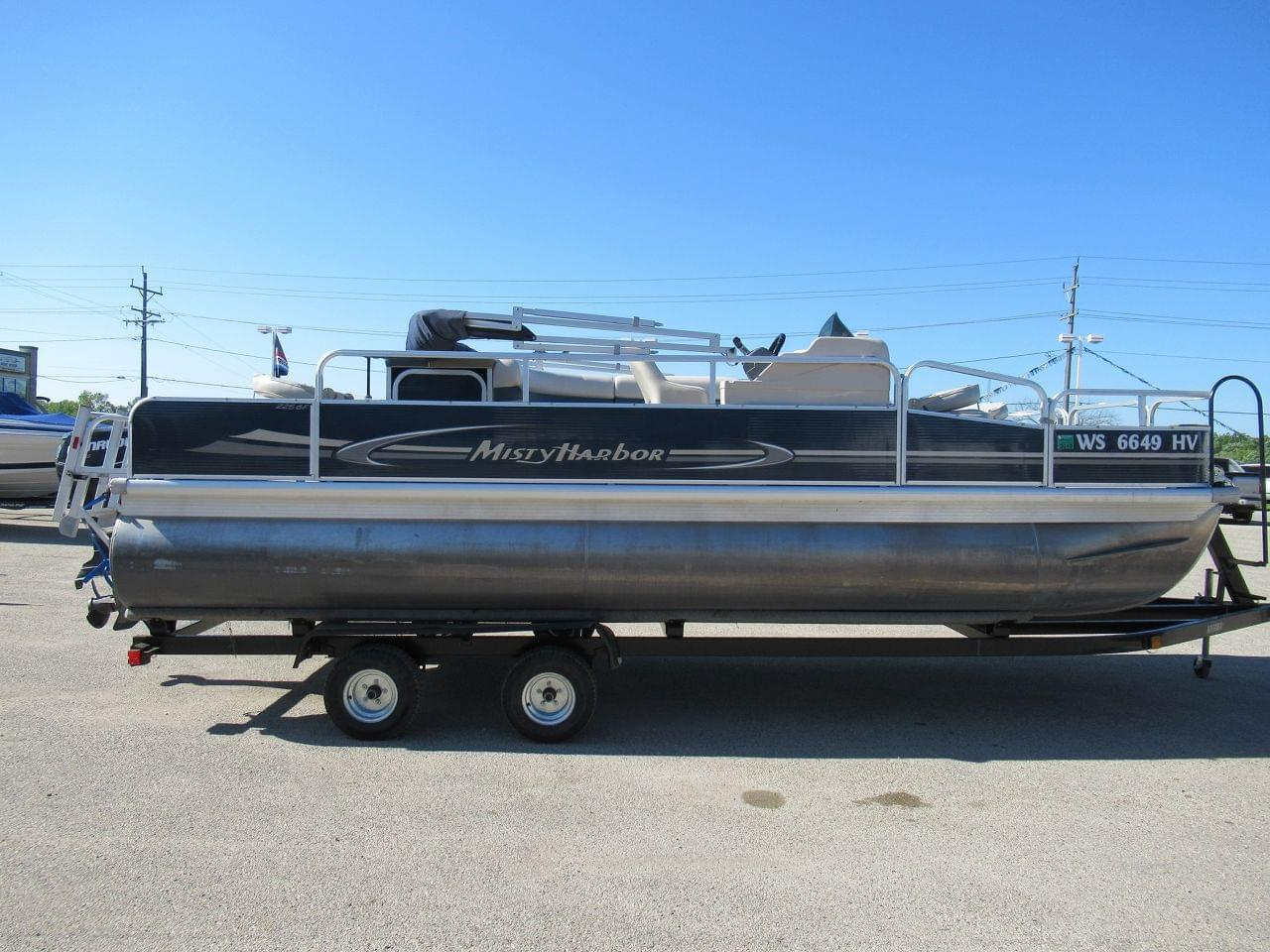 Misty Harbor 225CF