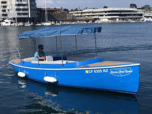 Canadian Electric Boats Fantail 217