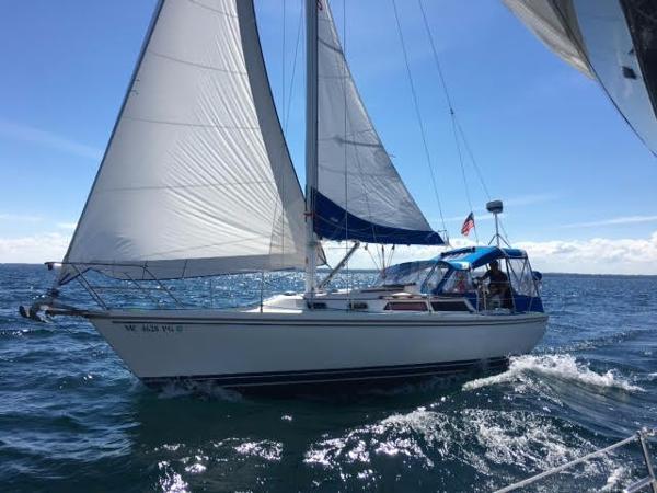 Catalina 30 MK II Tall Rig Under sail