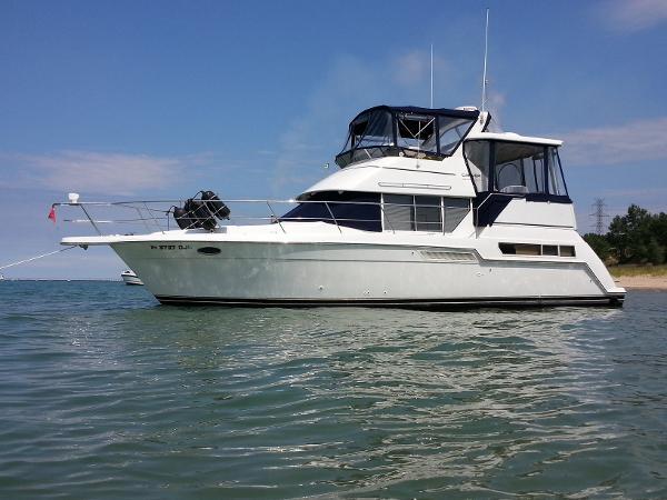 Carver 355 Aft Cabin / Motor Yacht