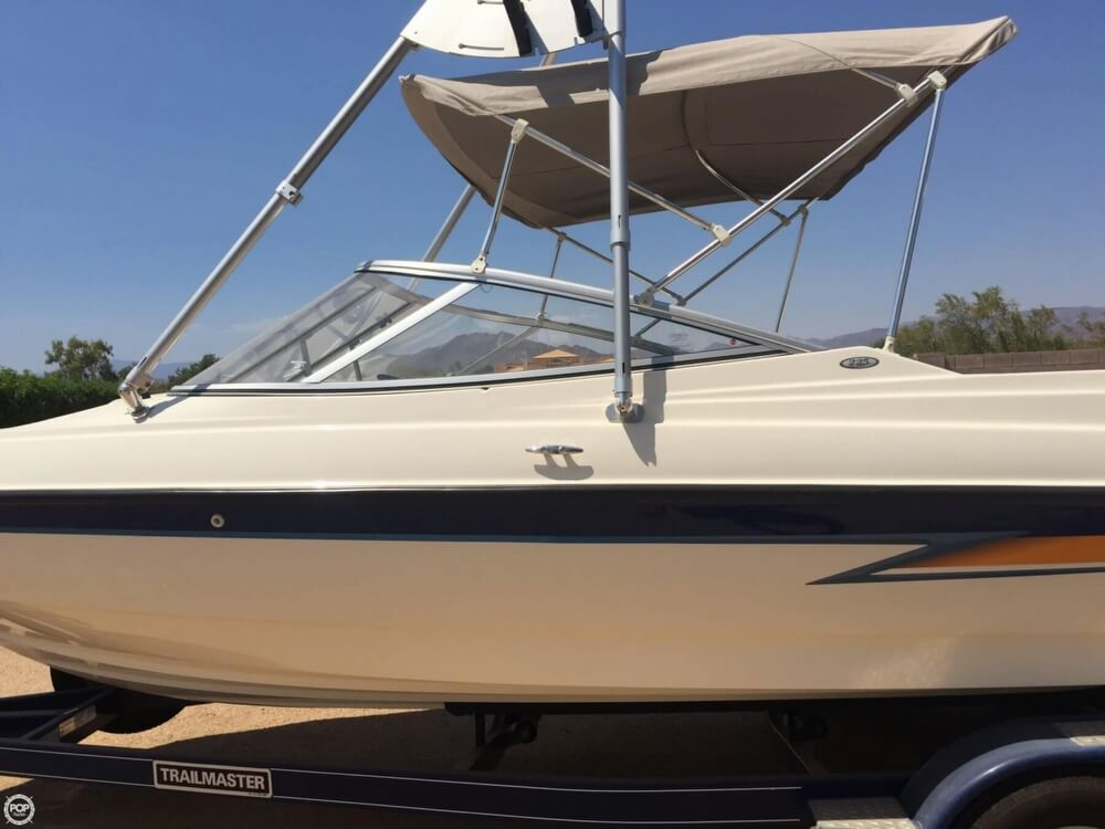 Bayliner 225 2004 Bayliner 225 for sale in Phoenix, AZ