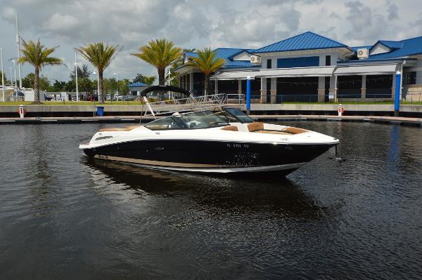 Sea Ray 270 SLX