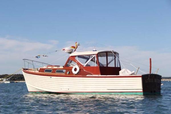 Mackenzie Cuttyhunk Bass Boat Profile