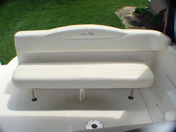 retractable bench seat