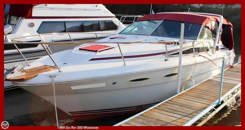 Sea Ray 300 Weekender 1989 Sea Ray 300 Weekender for sale in Fairport Harbor, OH